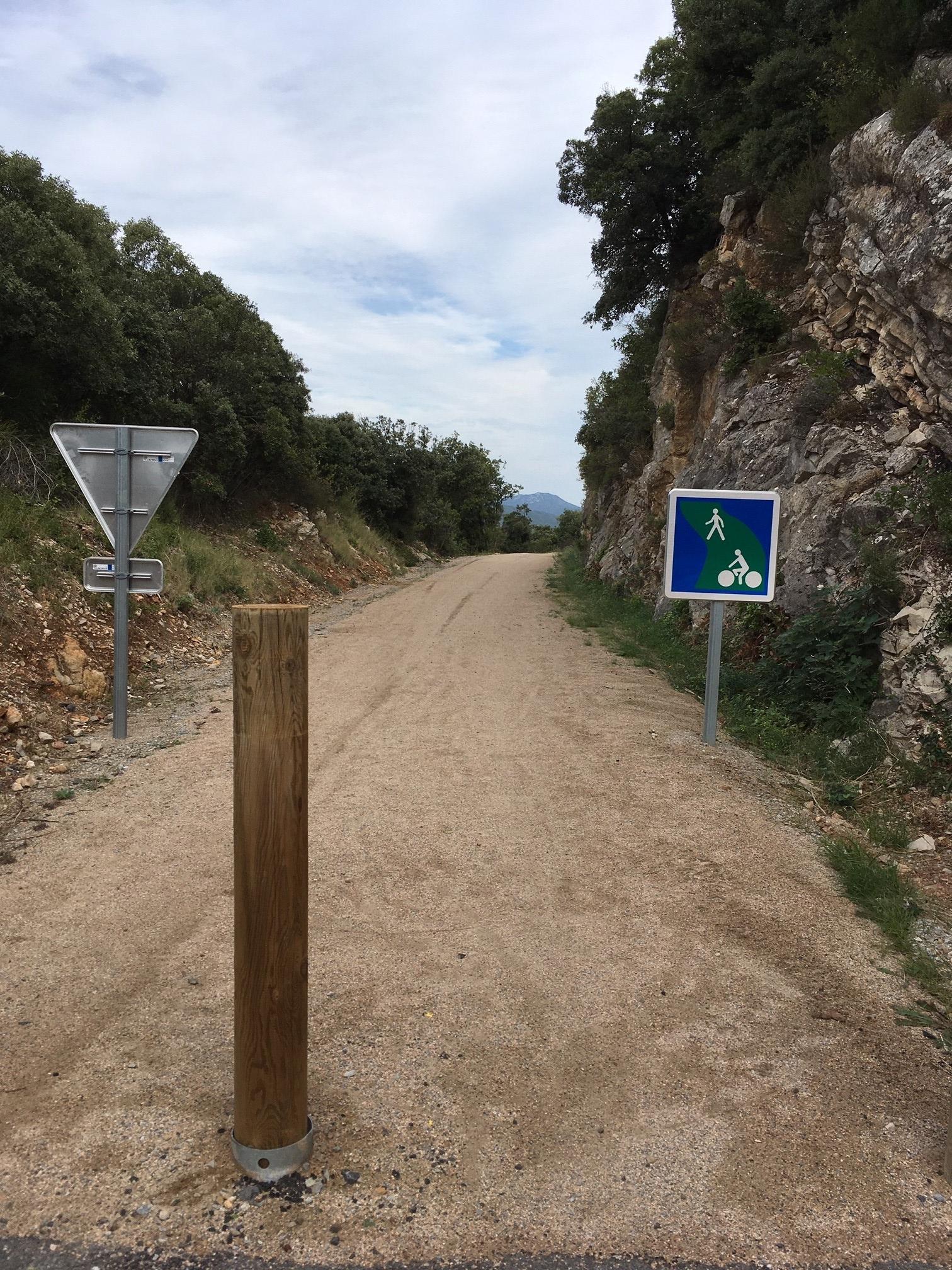 l entrée de la voie verte